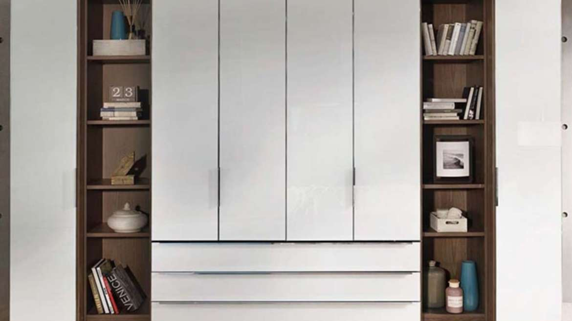 The wardrobe is the piece of furniture that is most often replaced after a move.